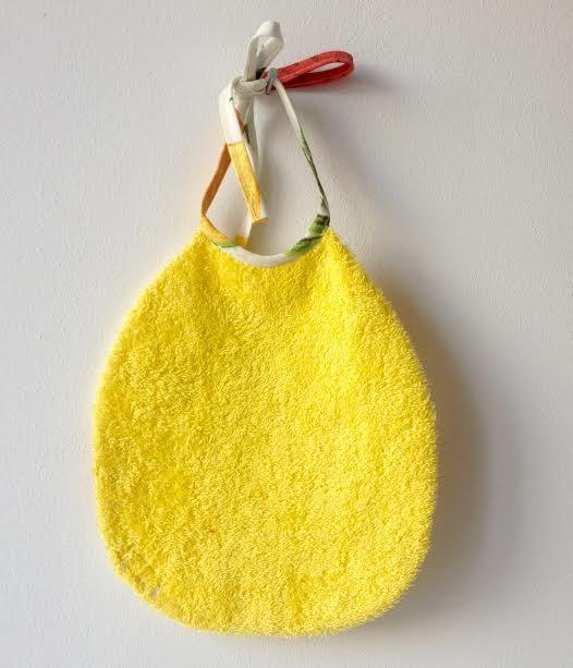 loudenella-bavoir-jaune