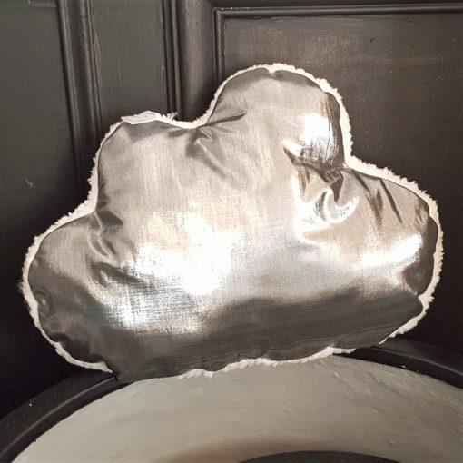 coussin nuage argent gris