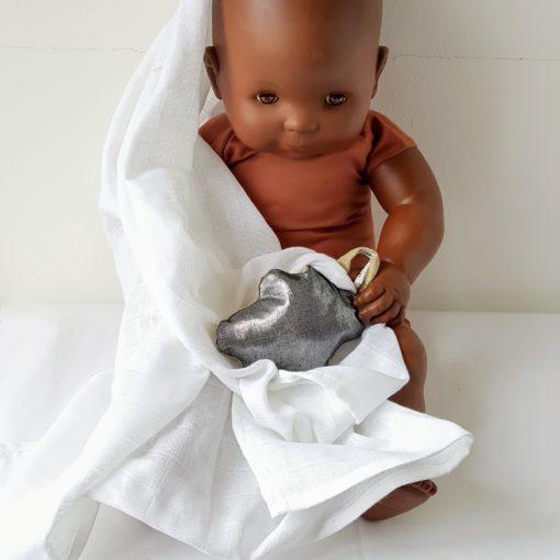 doudou nuage argent gris bébé mannequin
