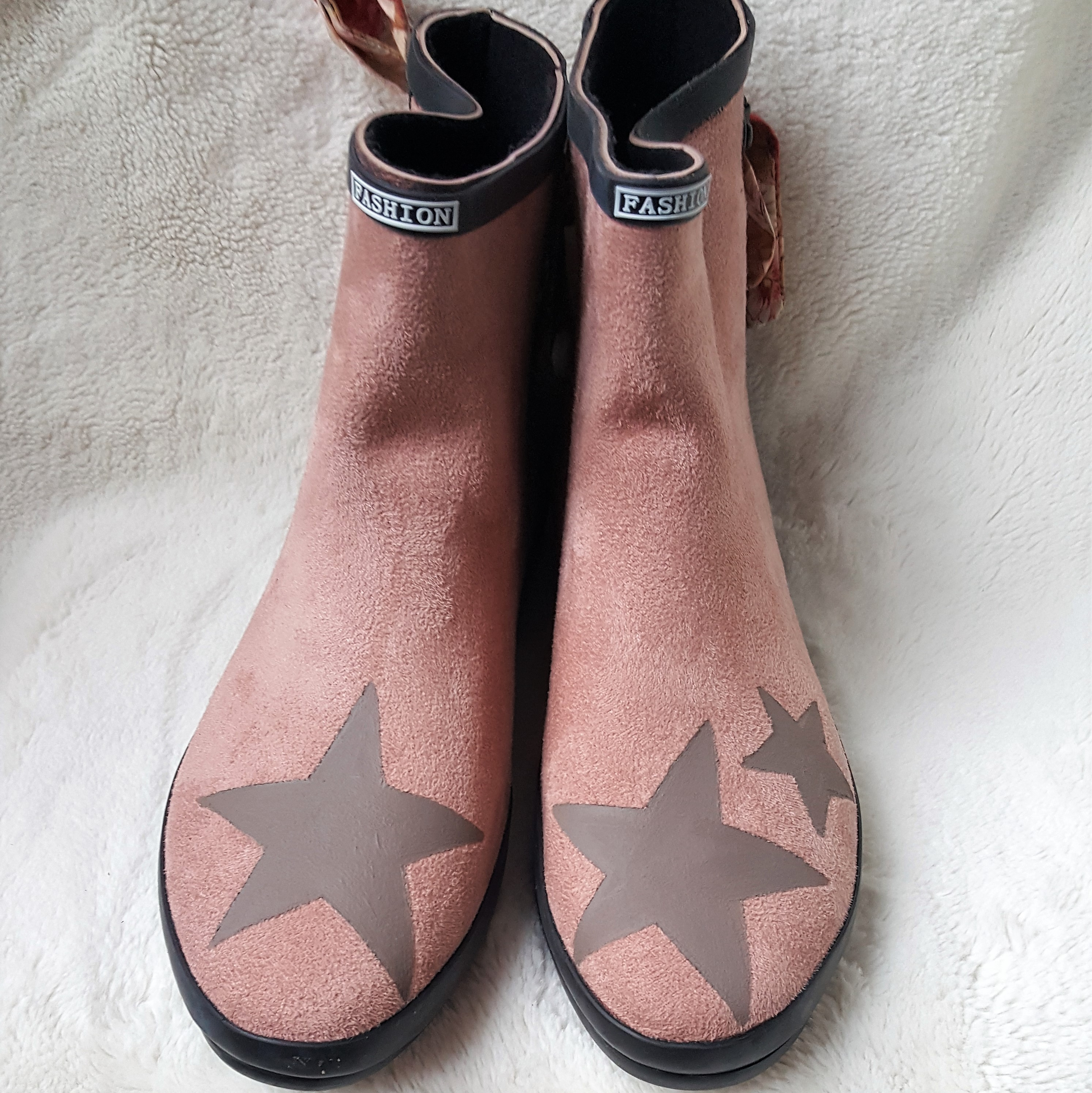 Boots - rose poudré - taupe - rubans toile de Jouy - Loudenella 6b18309eda47