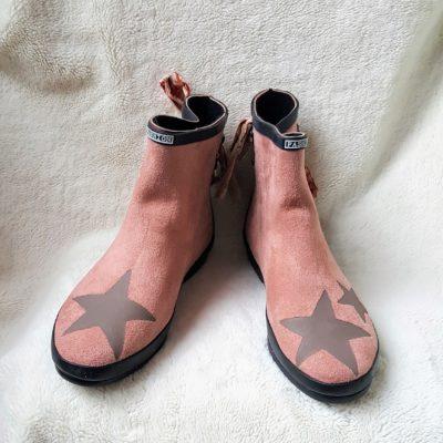 boots rose poudré étoiles taupe noeud toile de jouy