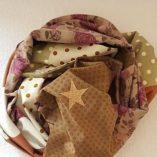 écharpe patchwork étoilée caramel pois et liberty 1