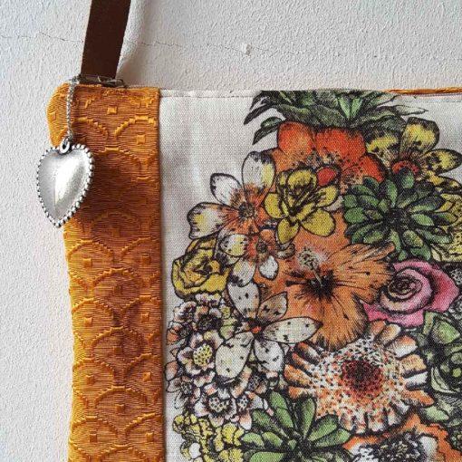 pochette ananas osborne and little