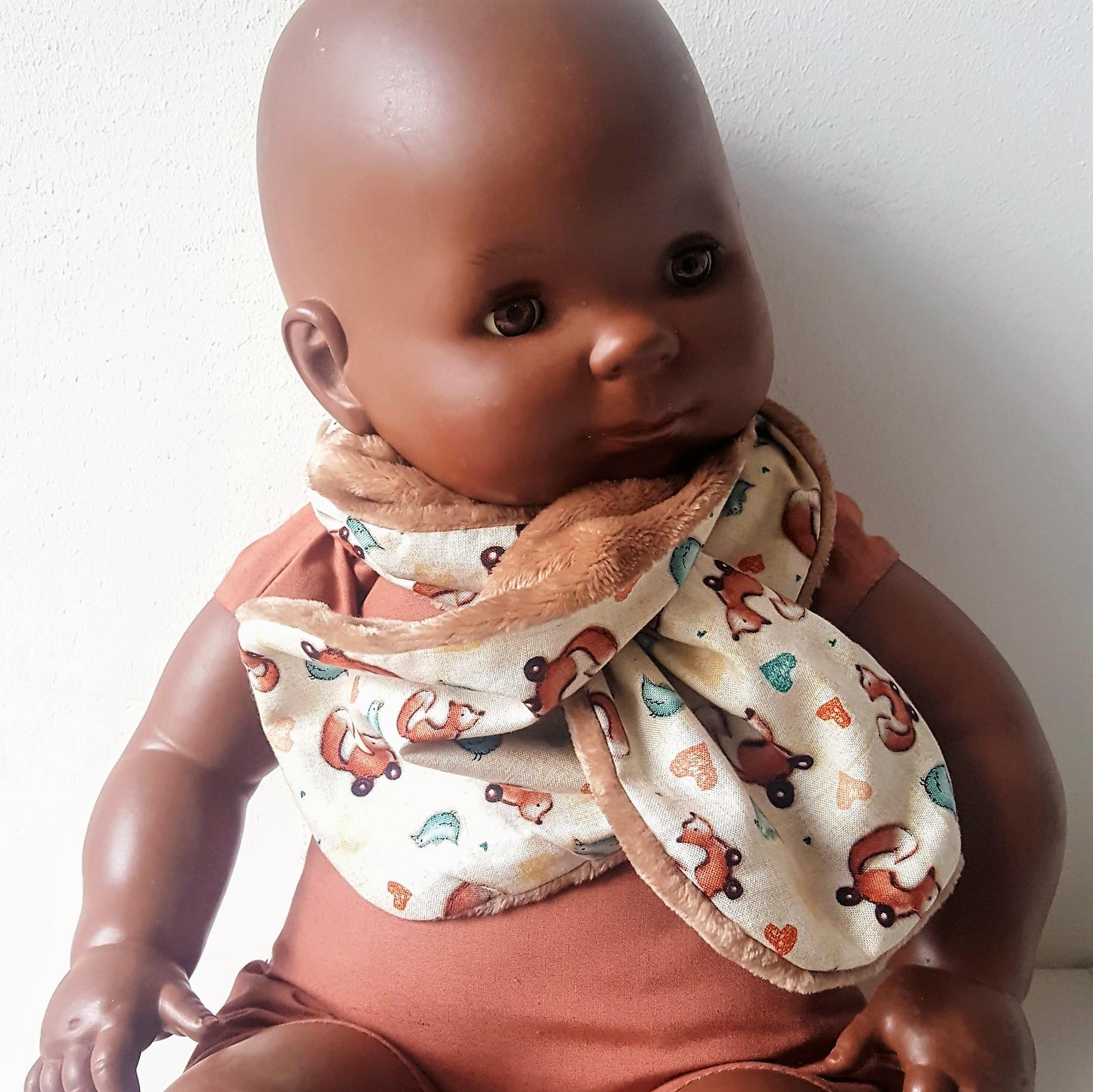 écharpe doudou et pois bébé