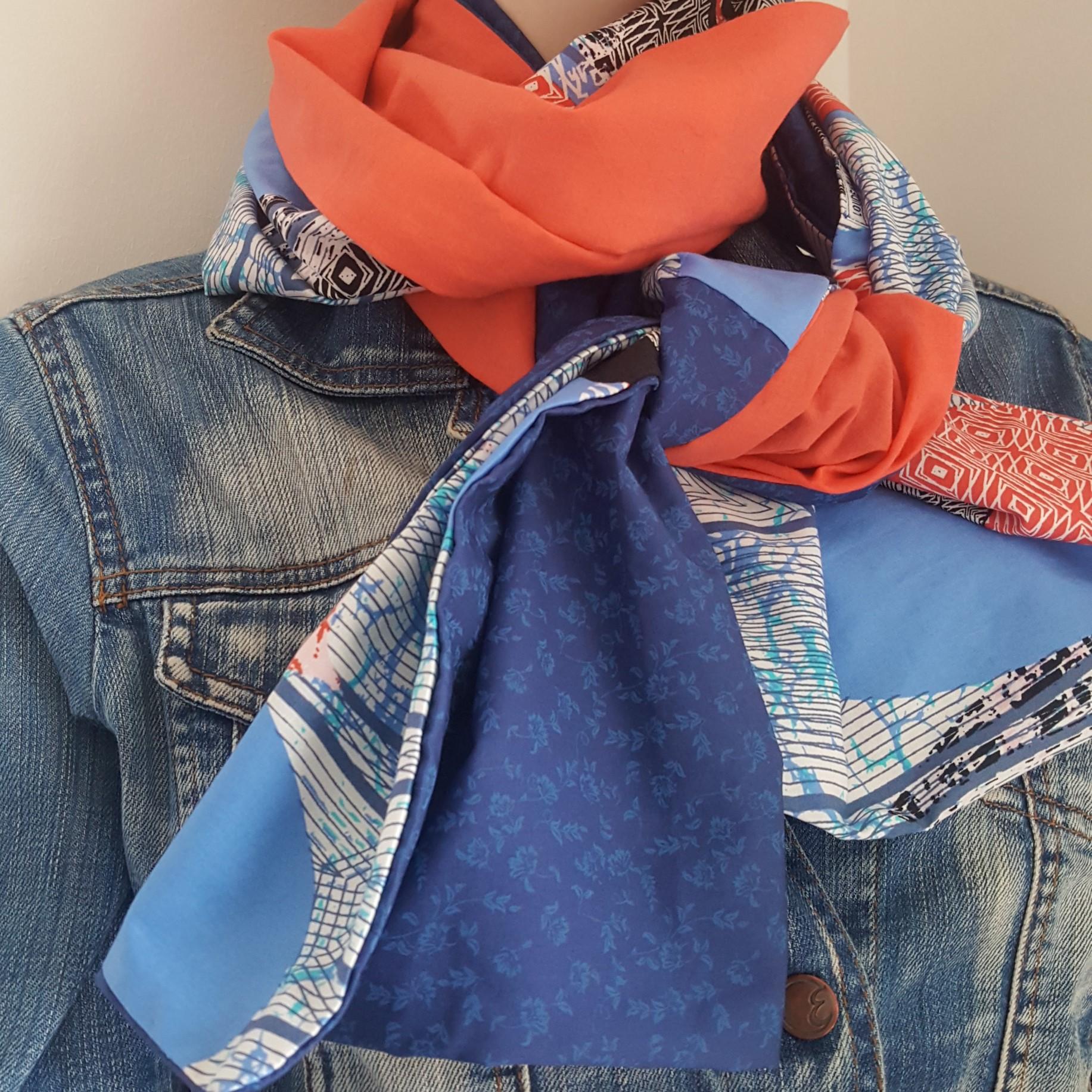 écharpe corail et bleue patchwork
