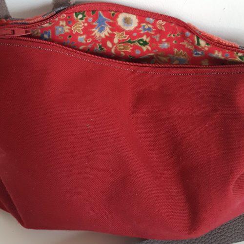 pochette rouge-gris